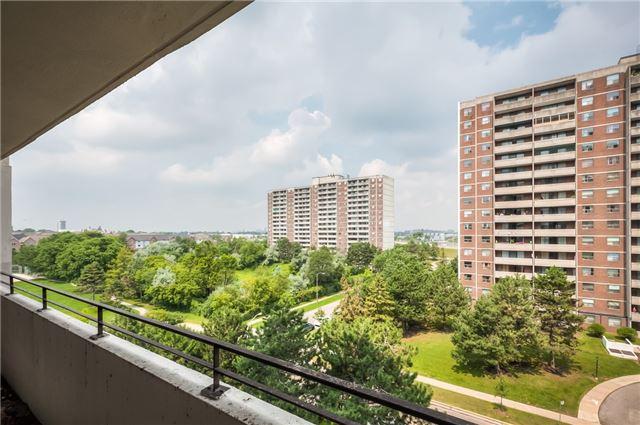 Condo Apartment at 101 Prudential Dr N, Unit 708, Toronto, Ontario. Image 8