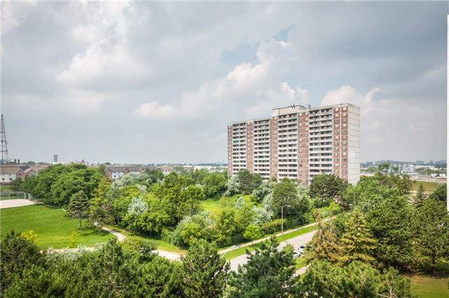 Condo Apartment at 101 Prudential Dr N, Unit 708, Toronto, Ontario. Image 9