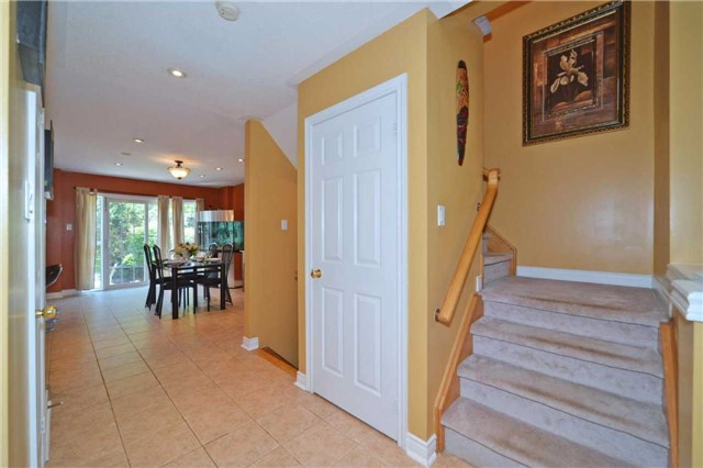 Townhouse at 39 Dooley Cres, Ajax, Ontario. Image 16