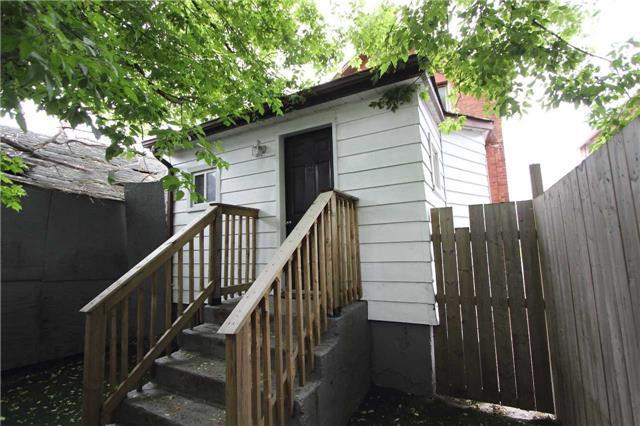 Detached at 7 Maple St, Oshawa, Ontario. Image 9