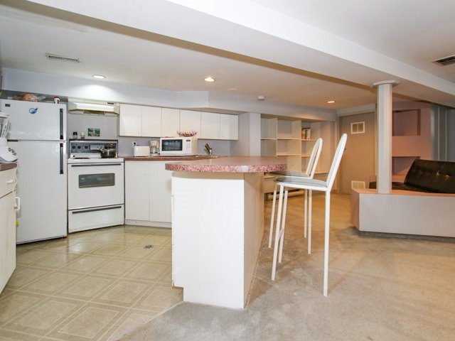 Detached at 81 Meighen Ave, Toronto, Ontario. Image 6