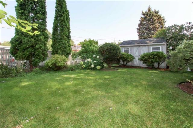 Detached at 81 Meighen Ave, Toronto, Ontario. Image 11