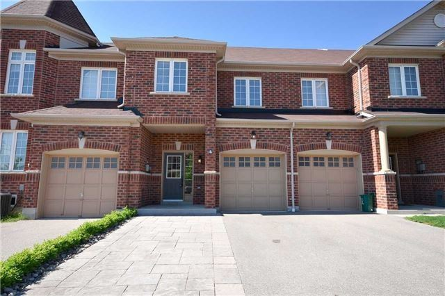 Townhouse at 4 Summerside Ave, Whitby, Ontario. Image 1