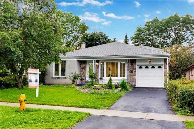 Detached at 38 Bledlow Manor Dr, Toronto, Ontario. Image 1