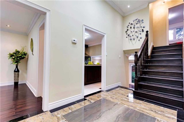 Detached at 38 Bledlow Manor Dr, Toronto, Ontario. Image 13