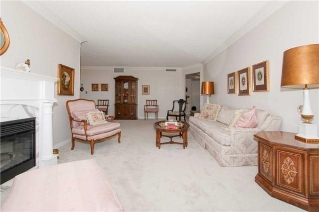 Condo Apartment at 900 Wilson Rd N, Unit 704, Oshawa, Ontario. Image 19