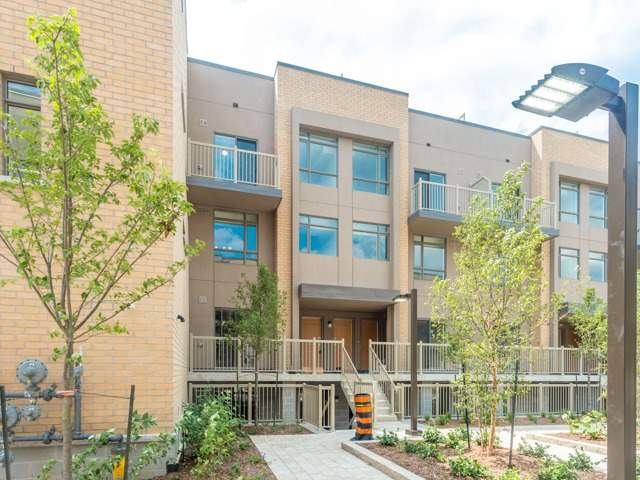 Condo Townhouse at 90 Orchid Place Dr, Unit 304, Toronto, Ontario. Image 12
