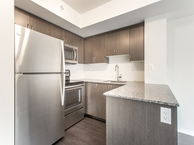 Condo Townhouse at 90 Orchid Place Dr, Unit 304, Toronto, Ontario. Image 16