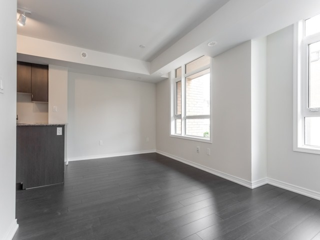 Condo Townhouse at 90 Orchid Place Dr, Unit 304, Toronto, Ontario. Image 17
