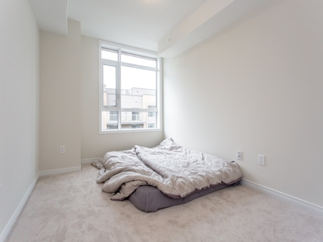 Condo Townhouse at 90 Orchid Place Dr, Unit 304, Toronto, Ontario. Image 8