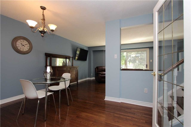 Condo Townhouse at 580 Eyer Dr, Unit 30, Pickering, Ontario. Image 14