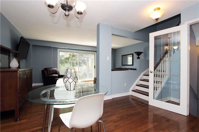 Condo Townhouse at 580 Eyer Dr, Unit 30, Pickering, Ontario. Image 15