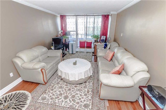 Condo Apartment at 4091 Sheppard Ave E, Unit 701, Toronto, Ontario. Image 14