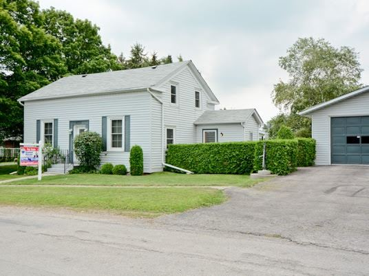 Detached at 4722 Old Simcoe St, Oshawa, Ontario. Image 1