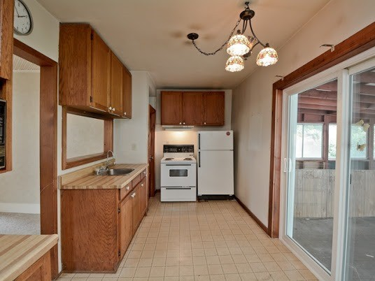 Detached at 4722 Old Simcoe St, Oshawa, Ontario. Image 17