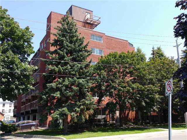 Condo Apartment at 144 Queen St, Unit 406, Clarington, Ontario. Image 1