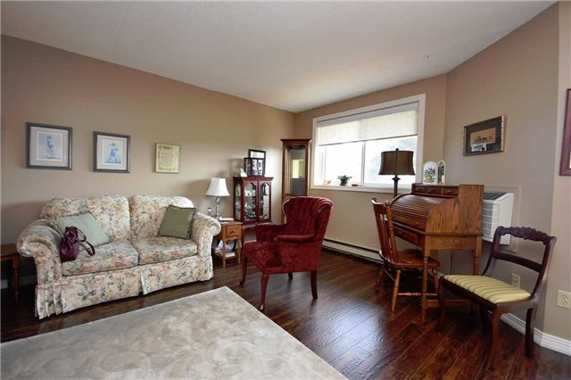 Condo Apartment at 144 Queen St, Unit 406, Clarington, Ontario. Image 14