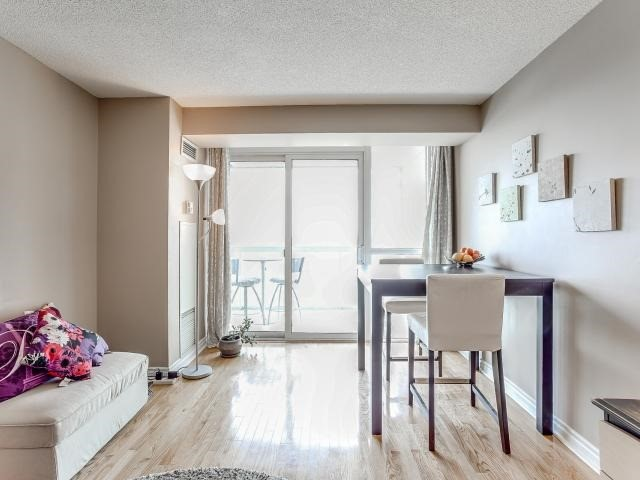 Condo Apartment at 125 Omni Dr, Unit 2029, Toronto, Ontario. Image 14