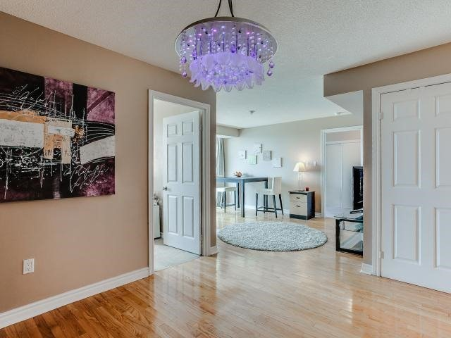 Condo Apartment at 125 Omni Dr, Unit 2029, Toronto, Ontario. Image 17