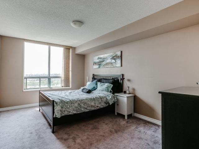 Condo Apartment at 125 Omni Dr, Unit 2029, Toronto, Ontario. Image 20