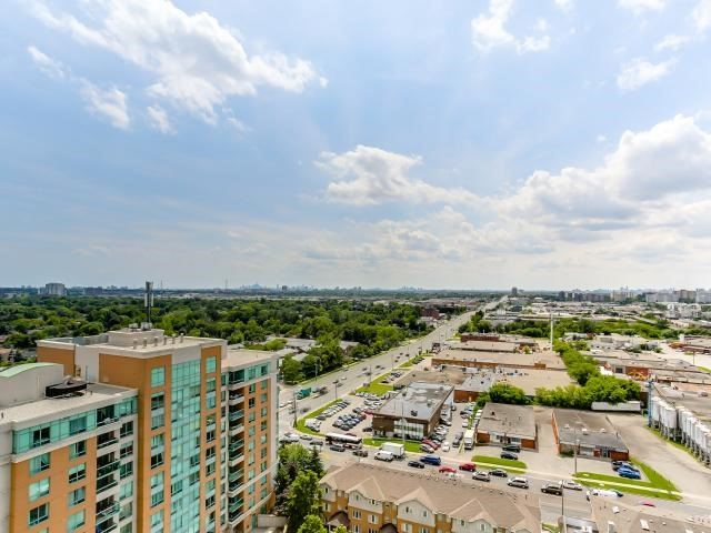 Condo Apartment at 125 Omni Dr, Unit 2029, Toronto, Ontario. Image 7