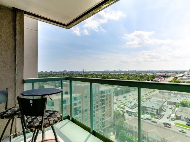 Condo Apartment at 125 Omni Dr, Unit 2029, Toronto, Ontario. Image 9