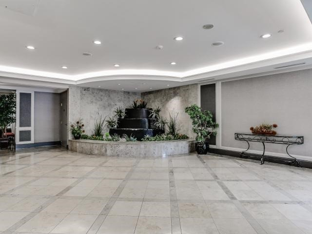 Condo Apartment at 125 Omni Dr, Unit 2029, Toronto, Ontario. Image 10