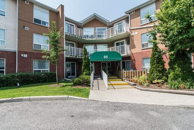 Condo Apartment at 95 Wellington St, Unit 111, Clarington, Ontario. Image 12