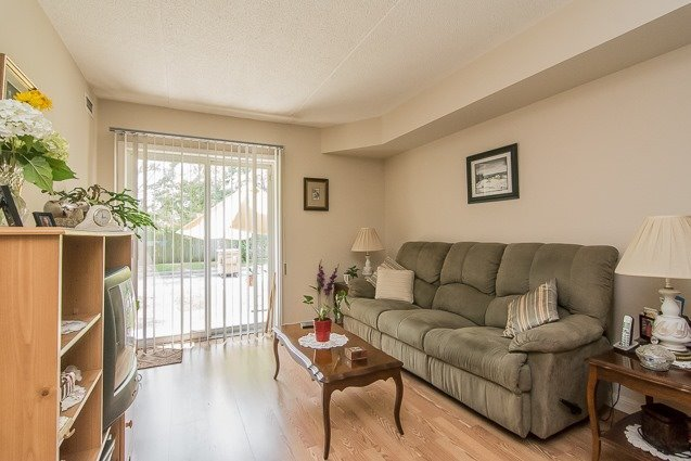 Condo Apartment at 95 Wellington St, Unit 111, Clarington, Ontario. Image 2