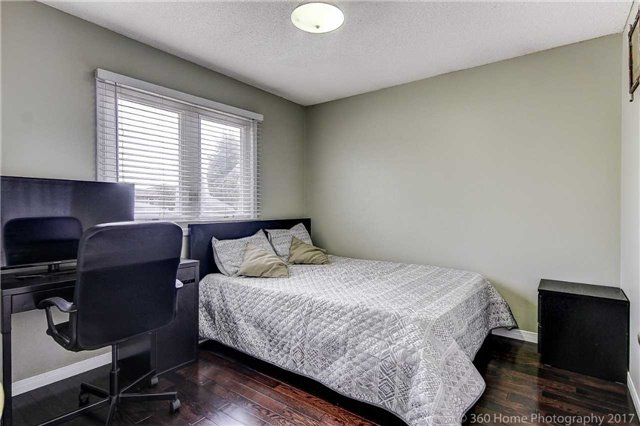 Detached at 20 Orleans Dr, Toronto, Ontario. Image 7