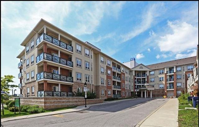 Condo Apartment at 10 Mendelssohn St, Unit 421, Toronto, Ontario. Image 2