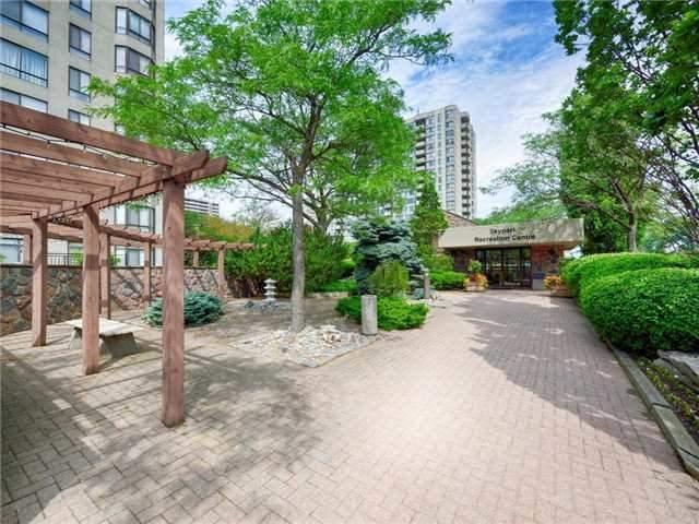 Condo Apartment at 225 Bamburgh Circ, Unit Ph 4, Toronto, Ontario. Image 6