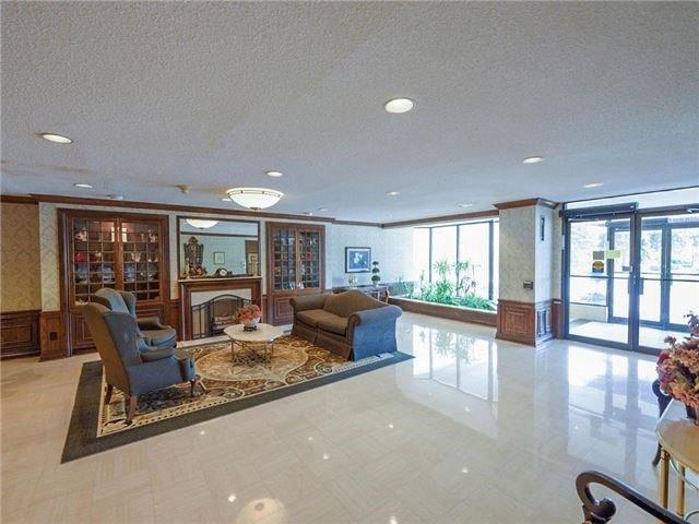 Condo Apartment at 225 Bamburgh Circ, Unit Ph 4, Toronto, Ontario. Image 7