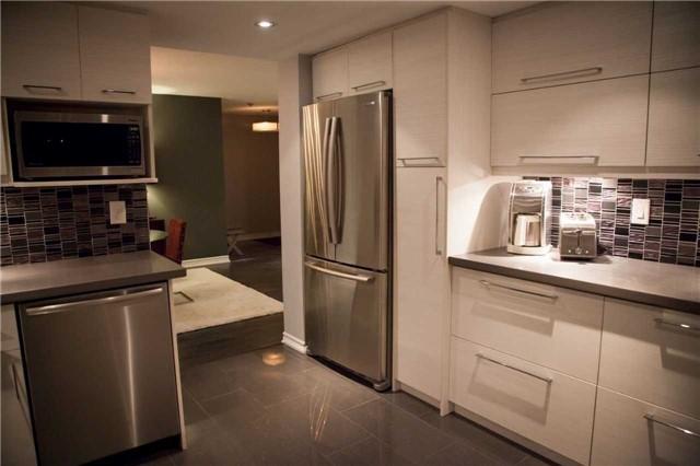 Condo Apartment at 225 Bamburgh Circ, Unit Ph 4, Toronto, Ontario. Image 9