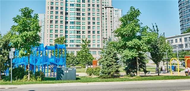 Condo Apartment at 11 Lee Centre Dr, Unit Ph309, Toronto, Ontario. Image 3