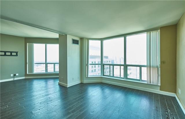 Condo Apartment at 11 Lee Centre Dr, Unit Ph309, Toronto, Ontario. Image 5