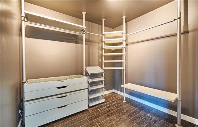 Condo Apartment at 11 Lee Centre Dr, Unit Ph309, Toronto, Ontario. Image 9