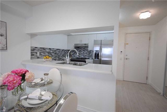 Condo Apartment at 8 Mondeo Dr, Unit 621, Toronto, Ontario. Image 11