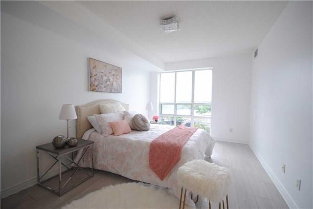 Condo Apartment at 8 Mondeo Dr, Unit 621, Toronto, Ontario. Image 3