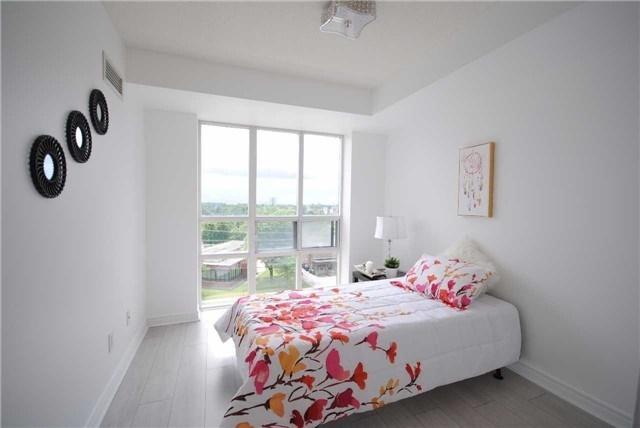 Condo Apartment at 8 Mondeo Dr, Unit 621, Toronto, Ontario. Image 4
