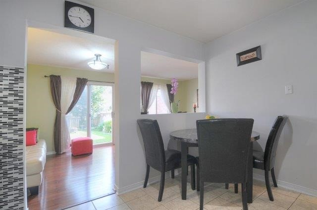 Townhouse at 113 Timber Mill Ave, Whitby, Ontario. Image 18