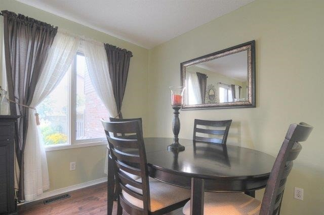 Townhouse at 113 Timber Mill Ave, Whitby, Ontario. Image 19