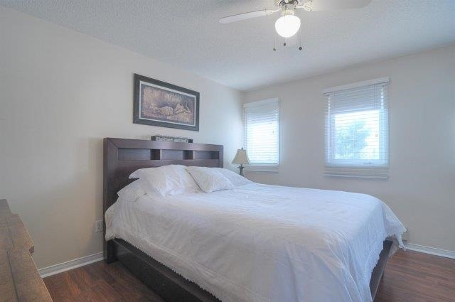 Townhouse at 113 Timber Mill Ave, Whitby, Ontario. Image 6