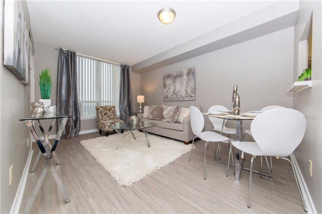 Condo Apartment at 711 Rossland Rd, Unit 703, Whitby, Ontario. Image 12