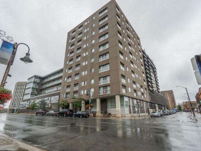 Condo Apartment at 44 Bond St W, Unit 202, Oshawa, Ontario. Image 1