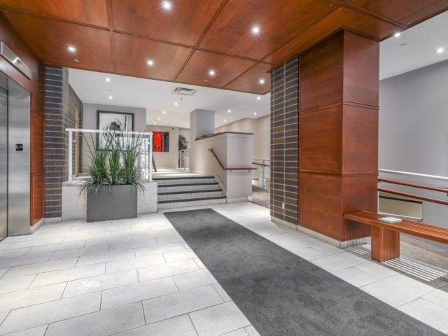Condo Apartment at 44 Bond St W, Unit 202, Oshawa, Ontario. Image 7