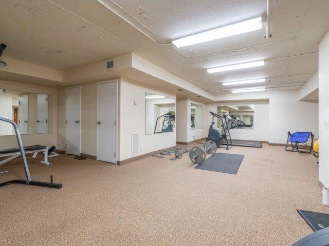 Condo Apartment at 44 Bond St W, Unit 202, Oshawa, Ontario. Image 5