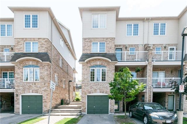 Condo Townhouse at 42 Pinery Tr, Unit 76, Toronto, Ontario. Image 12