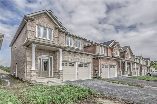 Detached at 14 Moses Cres, Clarington, Ontario. Image 12