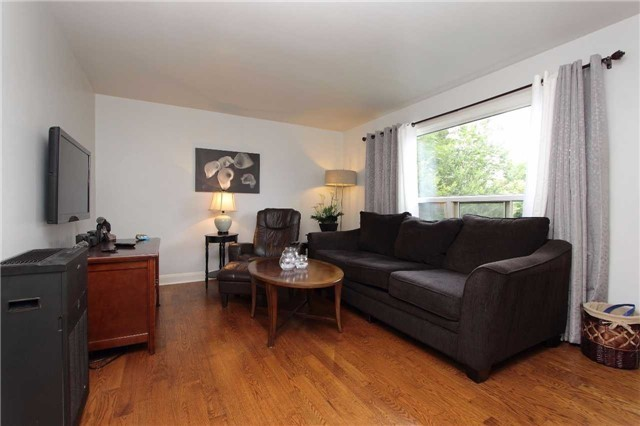 Detached at 123 Johnson Ave, Whitby, Ontario. Image 11